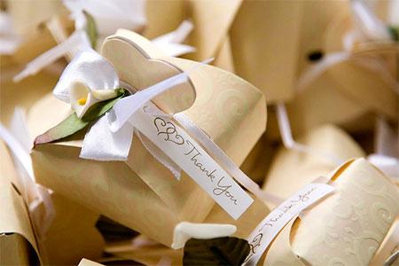 Сумочки для подарков гостям